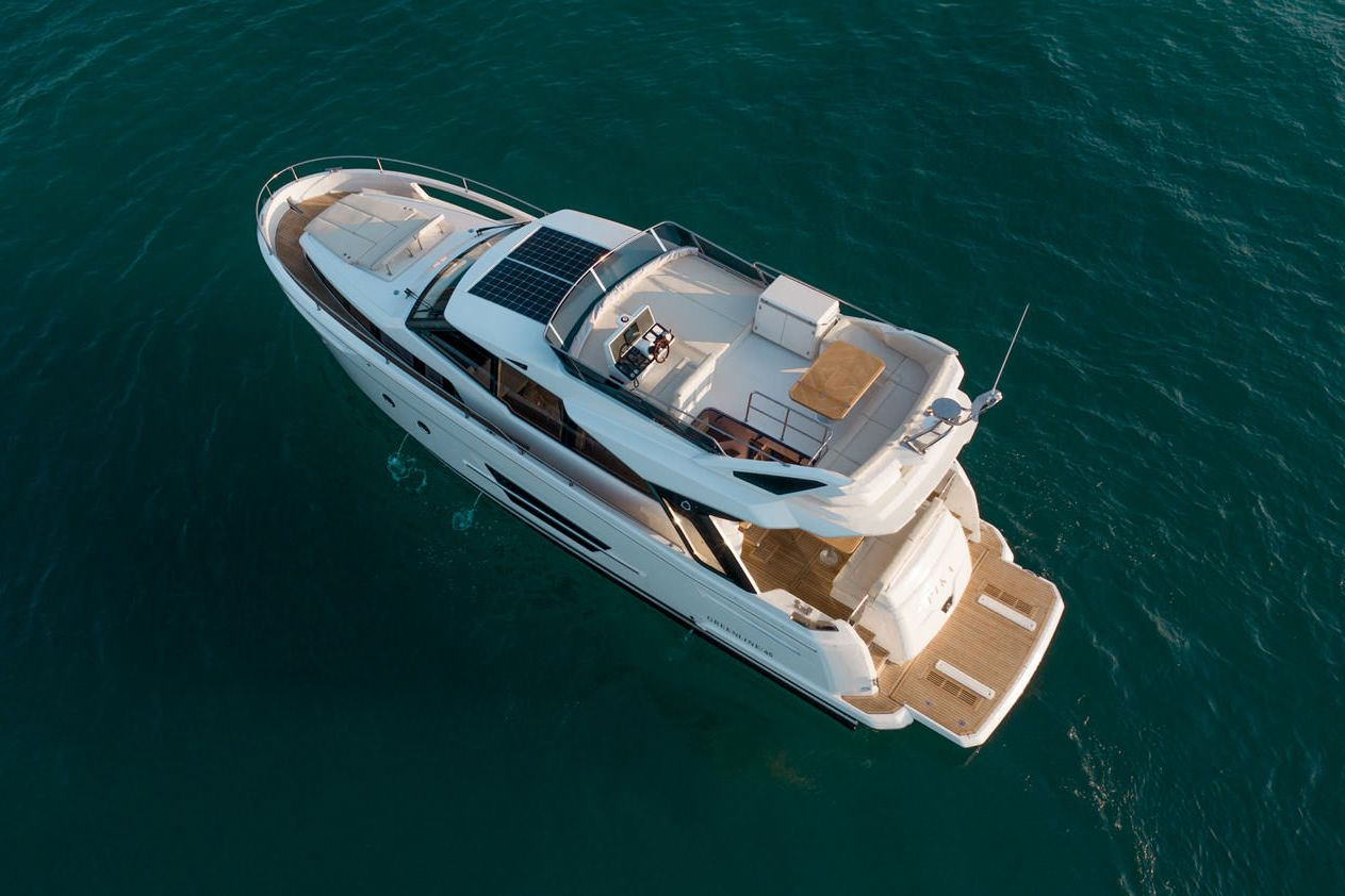 greenline_yachts_45fly-interior-03